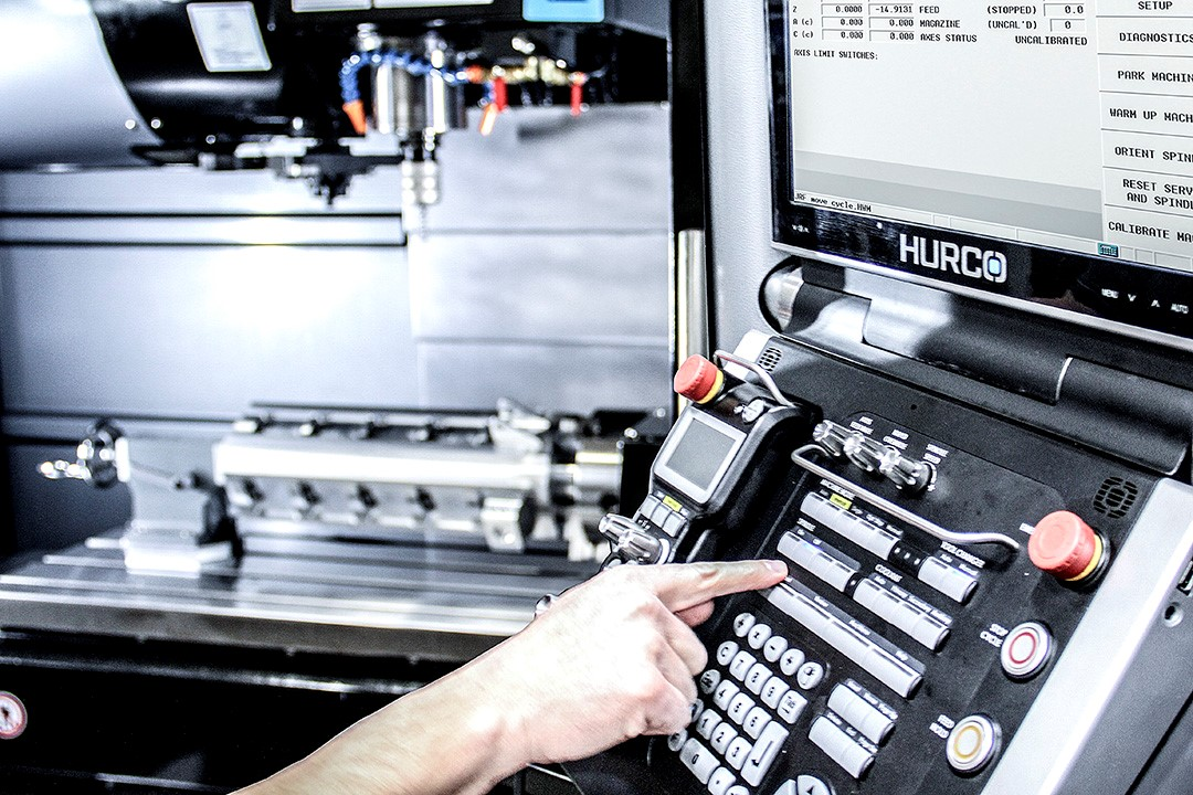 HURCO CNC Control Technology powered by WinMax 2018
